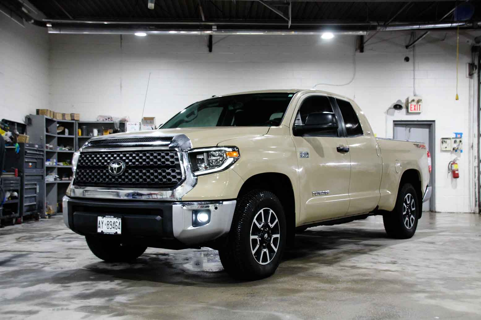 toyota tundra rental car
